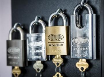 Combination padlocks & luggage locks for sale